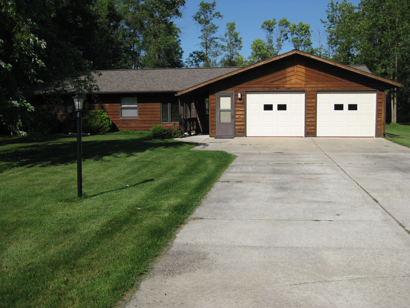 Lake of the woods rental house fish golf and relax in for Lake of the woods fish house rentals
