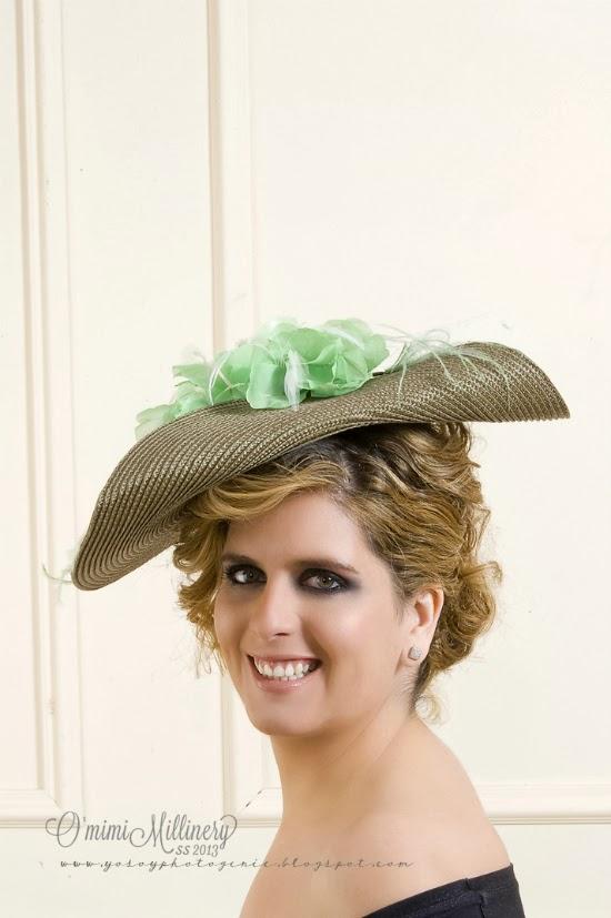omimi-tocado-pamela-verde-mint-flor-tela-pluma-oca-velo-marfil-millinery-sisal-caracas-carolina-herrera