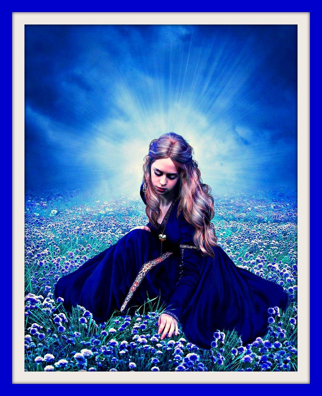 http://3.bp.blogspot.com/-PnN1dzHGJoo/Ttd5ypshIRI/AAAAAAAAArY/neh5MYogzTs/s1600/Strong+Lady.jpg