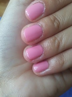 http://femalepleasurelola.blogspot.com/2012/09/domowy-manicure-celia-17.html