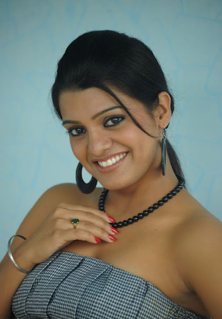 Tashu kaushik Latest wallpaper