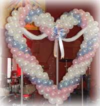 Decoração c/ balões coração!!!