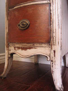 European paint finishes weathered vanity for Bedroom furniture 85225