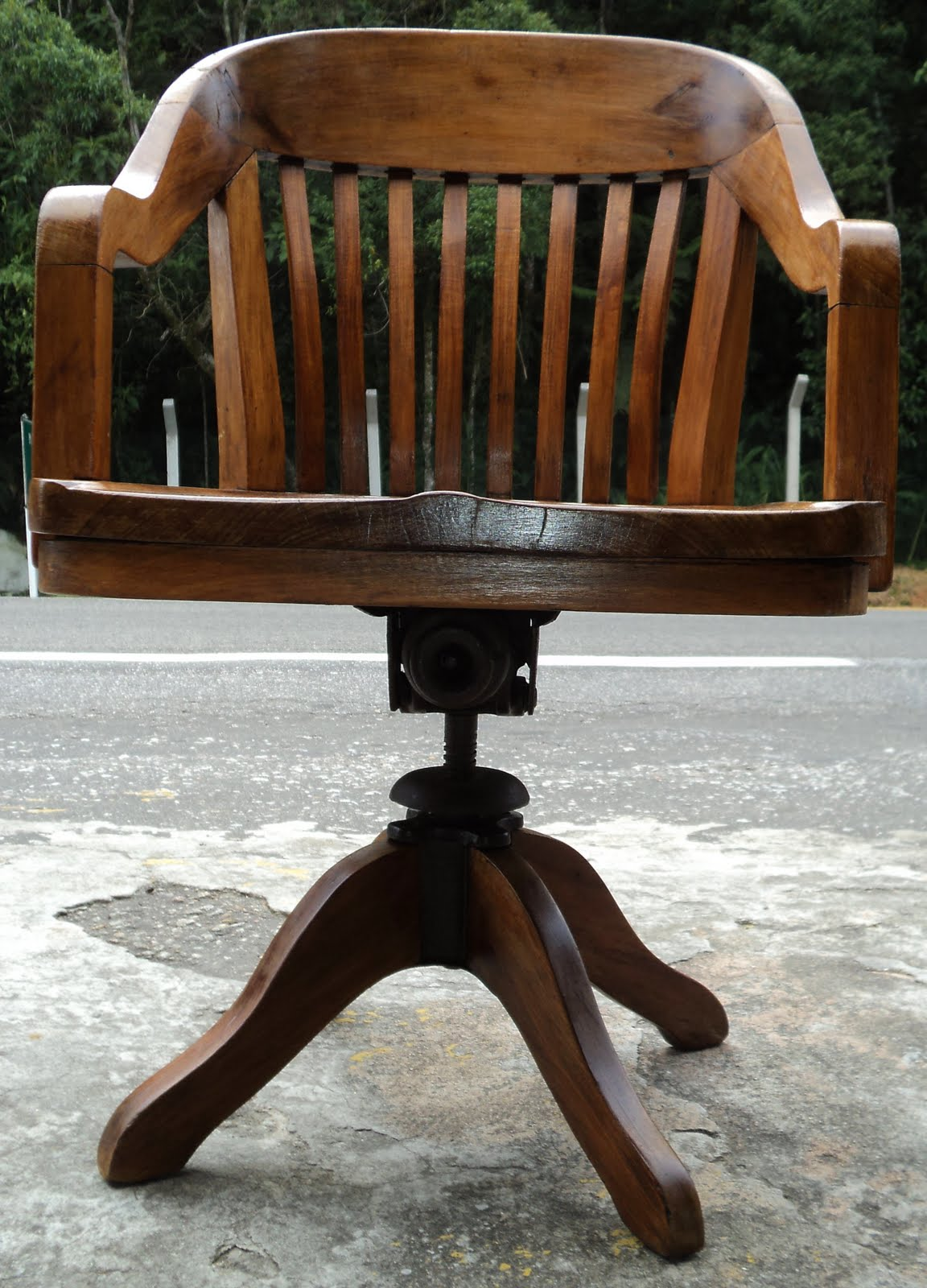 antiqualha: Cadeira antiga xerife #6E4121 1152x1600
