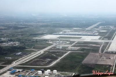 Foto Bandara Kuala Namu Medan tampak dari atas