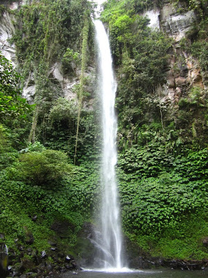 BLEMANTUNG WATERFALL