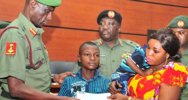 Army Gives Cheques To Families Of Fallen Soldiers