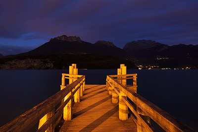 Image of Annecy lake at night in Saint Jorioz