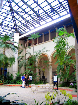 Architect design vizcaya the courtyard for Homes with enclosed courtyards