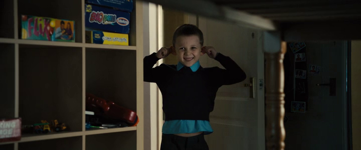 Sunshine on leith 2013 film little boy ears screenshot