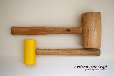 молоток с бойками из древесины и капрона