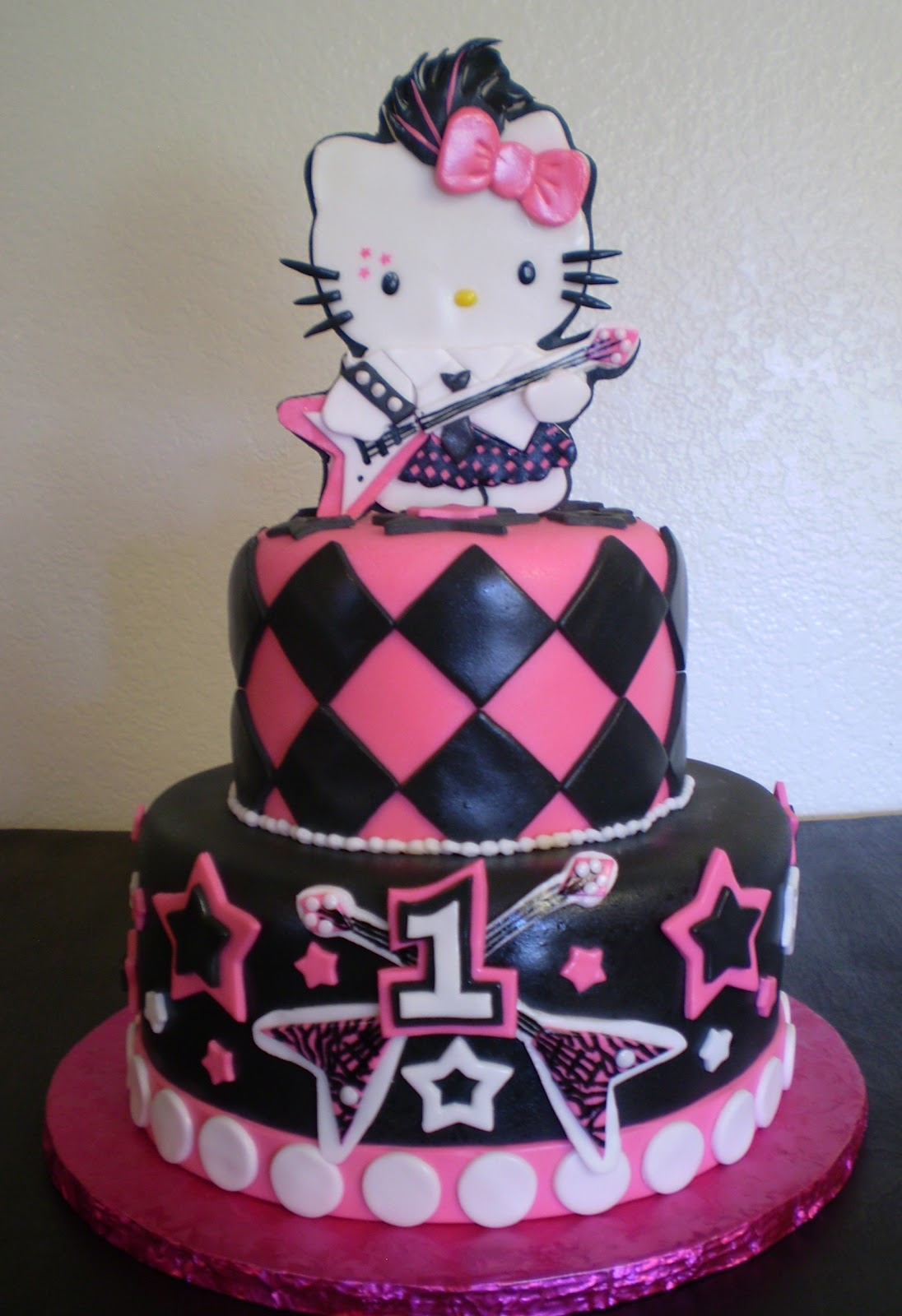 Divine Cakes By Janice Hello Kitty Rockstar Birthday Cake