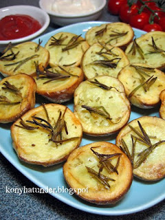 baked-potato-with-fresh-rosemary