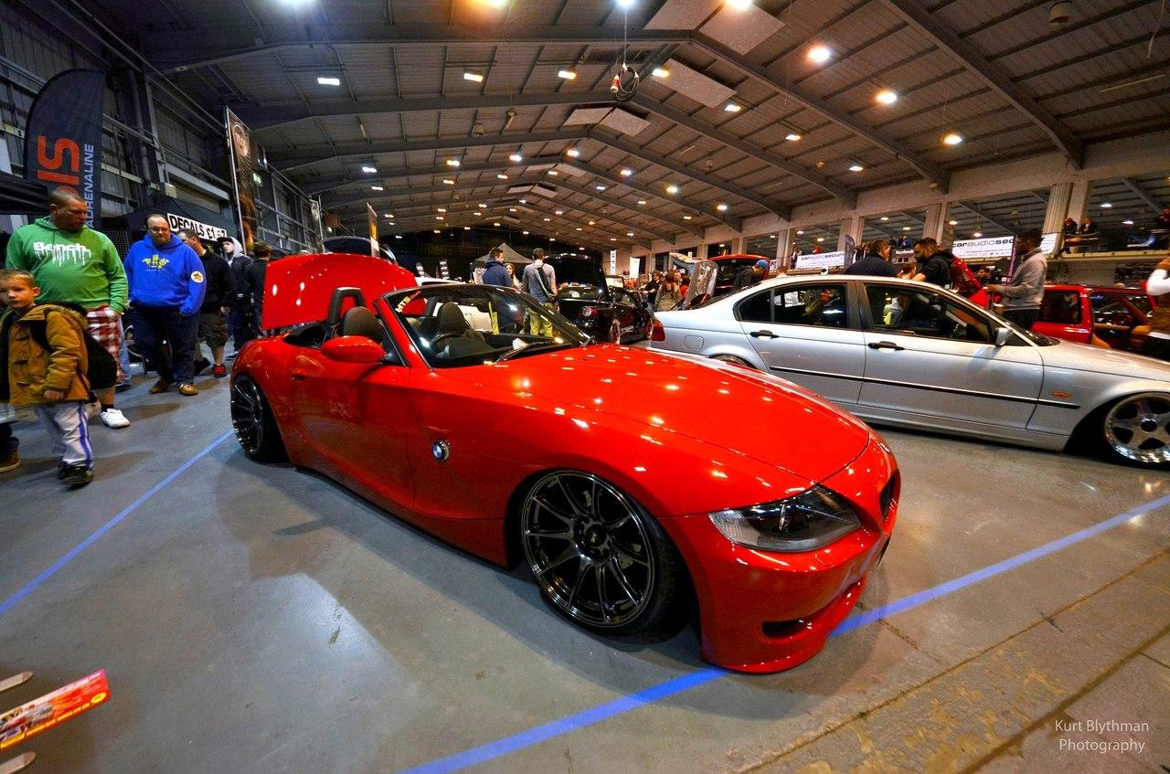 http://3.bp.blogspot.com/-PolTzrfKiv8/UUdQ7gla0YI/AAAAAAAAI4I/8-w1_4g2vC4/s1600/BMW_Z4_LOW_RED_5.jpg