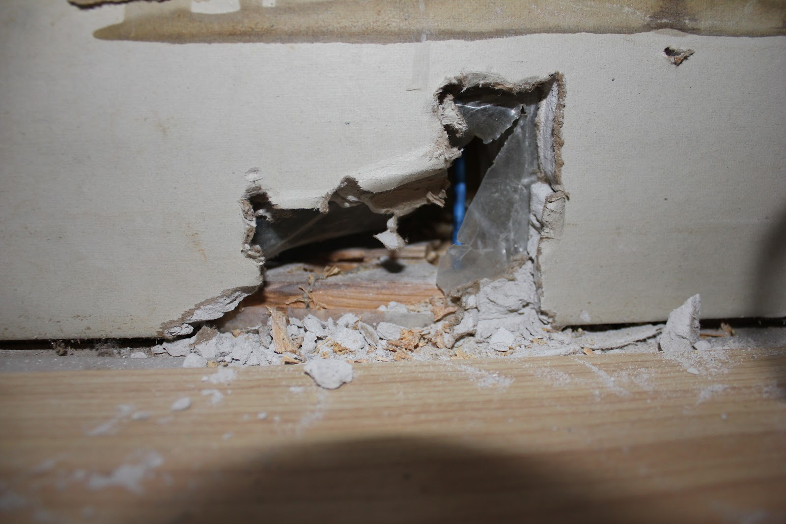 Peahen pad ethernet cable wiring for How to fish cable through wall