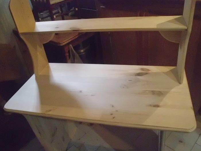 mesa de ordenador hecha a mano