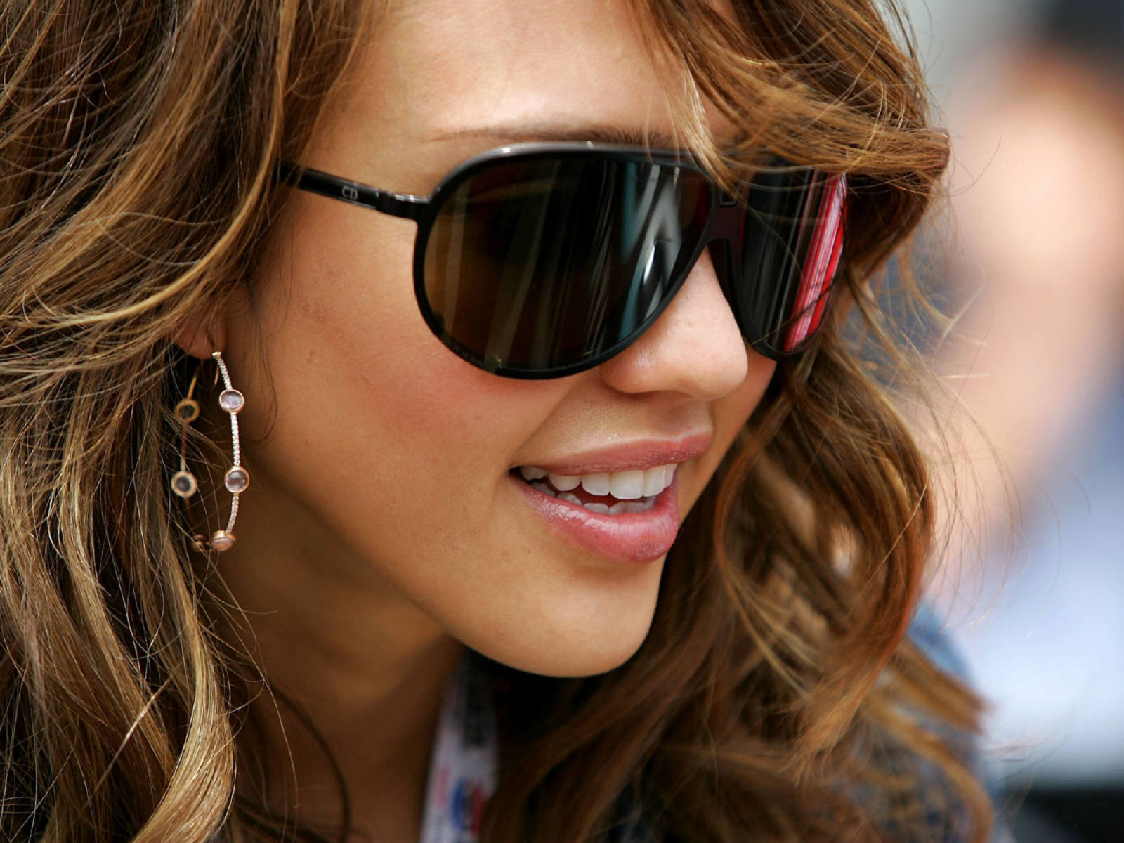 June 2012 hair and beauty jessica alba hairstyle long hair with extensions pmusecretfo Image collections