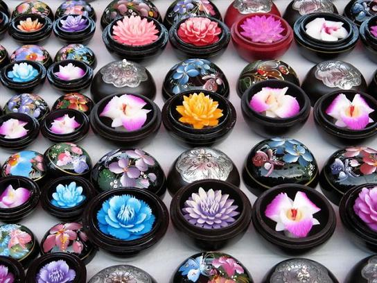 Simply creative thailand s carved soap flowers