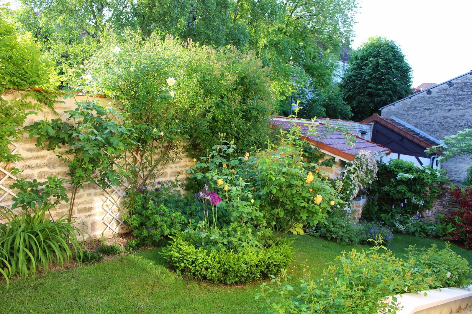 Notre jardin secret le jardin sous le regard d 39 olivier for Jardin secret 2015