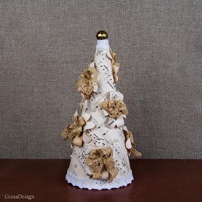 gunadesign guna andersone Shabby chic music sheet Christmas tree
