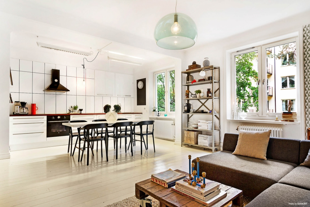 sala estar, tv , copa e cozinha integrado