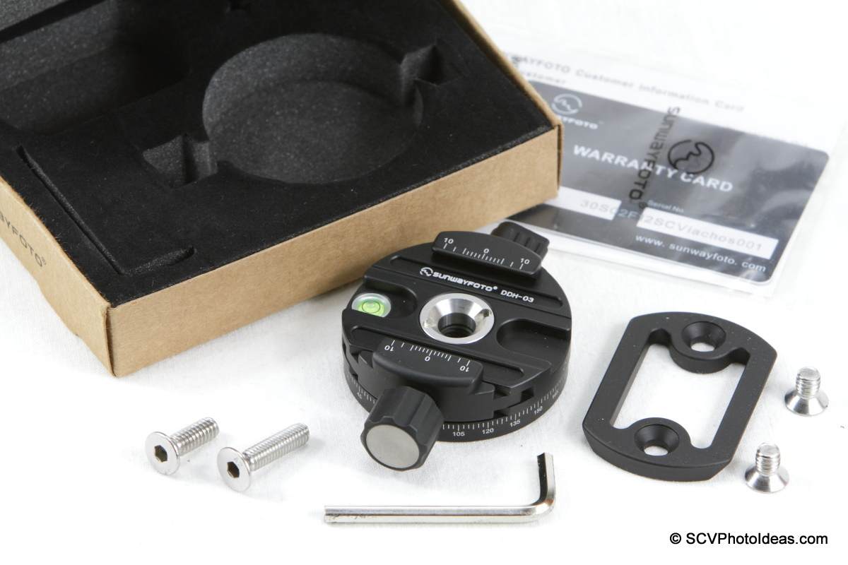 Sunwayfoto DDH-03 Panning Clamp box contents