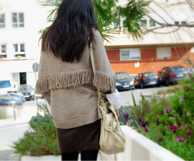 scarf - animal print - fashion blogger - streetstyle - cape - guess bag - blogueira moda