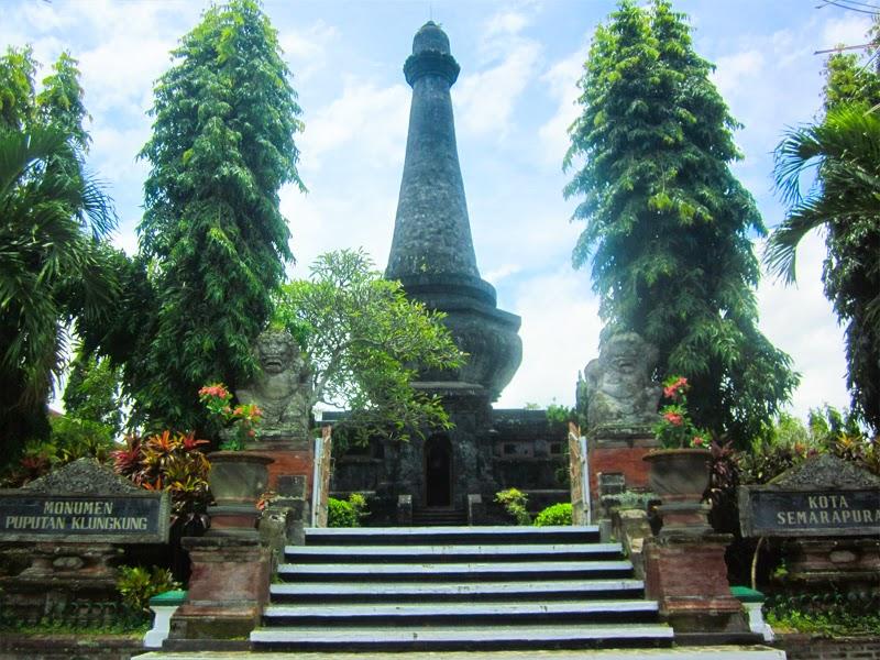 Tempat Wisata Monumen Puputan