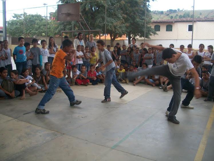 """Trabalho de História """"Capoeira"""""""