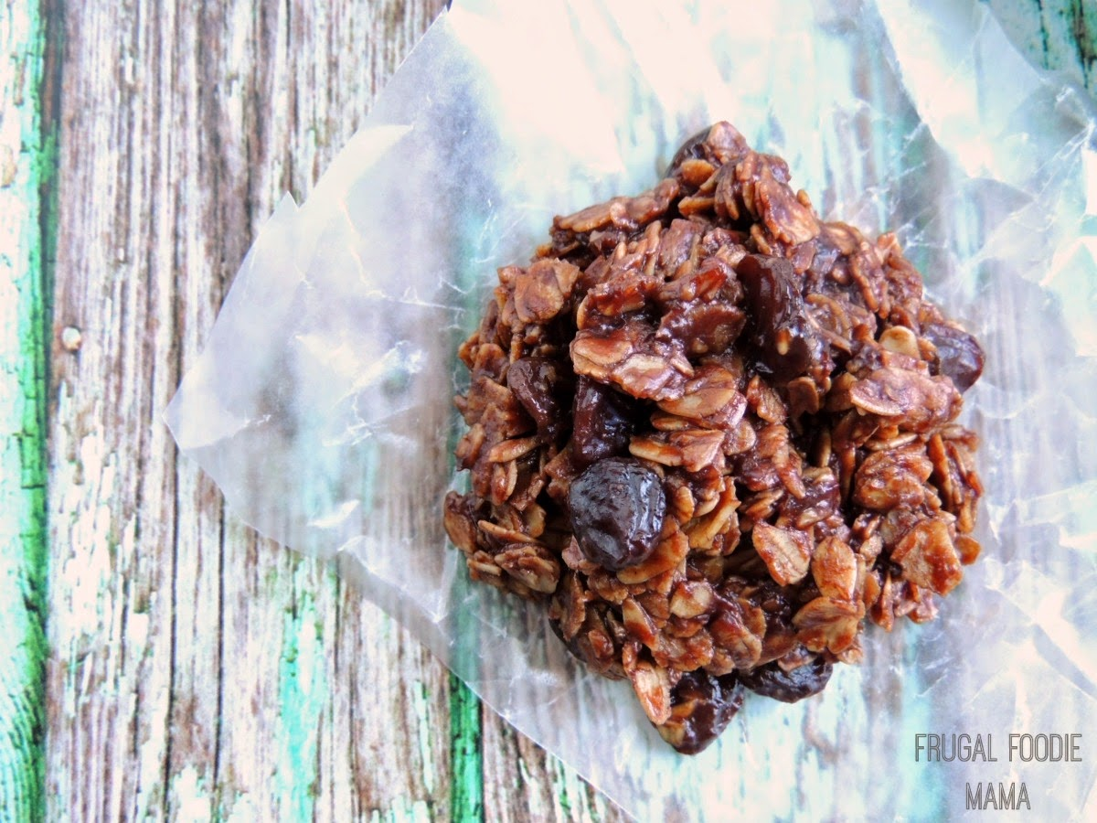 Chocolate Covered Raisin No-Bake Cookies via thefrugalfoodiemama.com- these chocolaty cookies are lower in sugar thanks to California Raisins