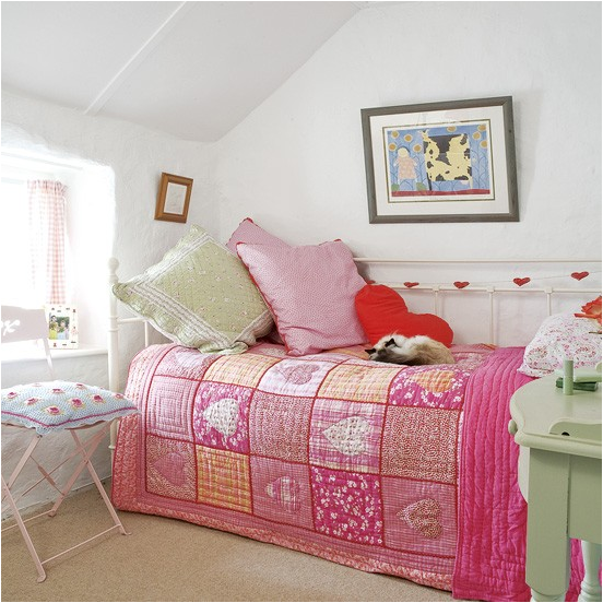 Vintage style teen girls bedroom ideas room design ideas Bed designs for girls