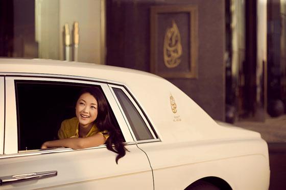 Luxury4men inside dubai 39 s burj al arab 7 star luxury hotel for Dubai hotel 7 stars