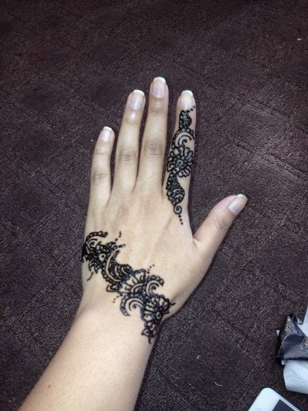 Oozes Couture Henna Mehndi