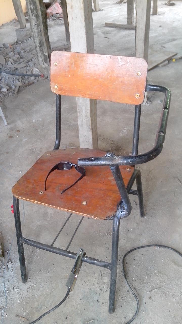 Telesecundaria de tlamatoca proyecto modificar sillas for Sillas para zurdos