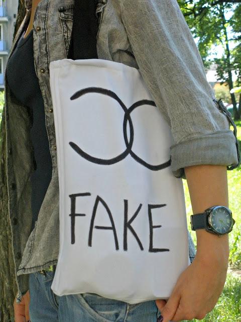 Chanel fake