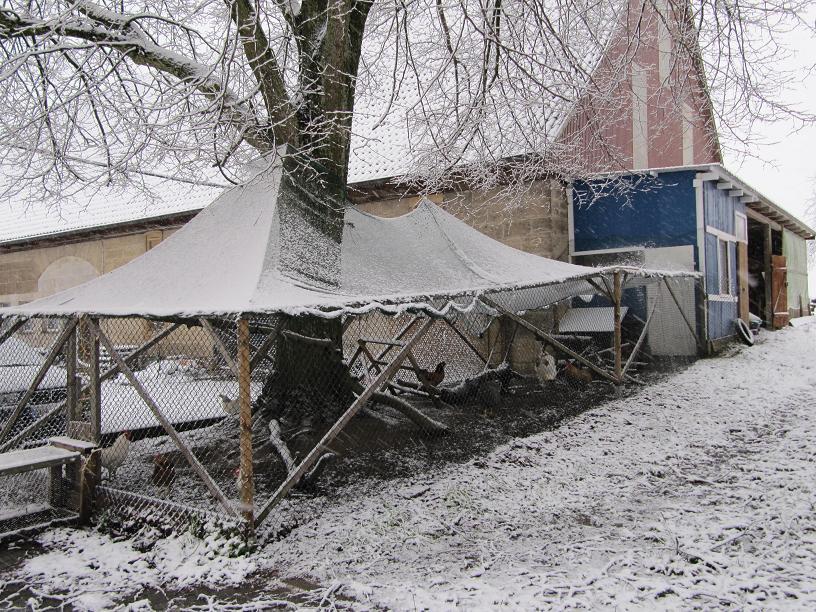 h hnerhotel hohenlohe wieder ein bischen schnee. Black Bedroom Furniture Sets. Home Design Ideas