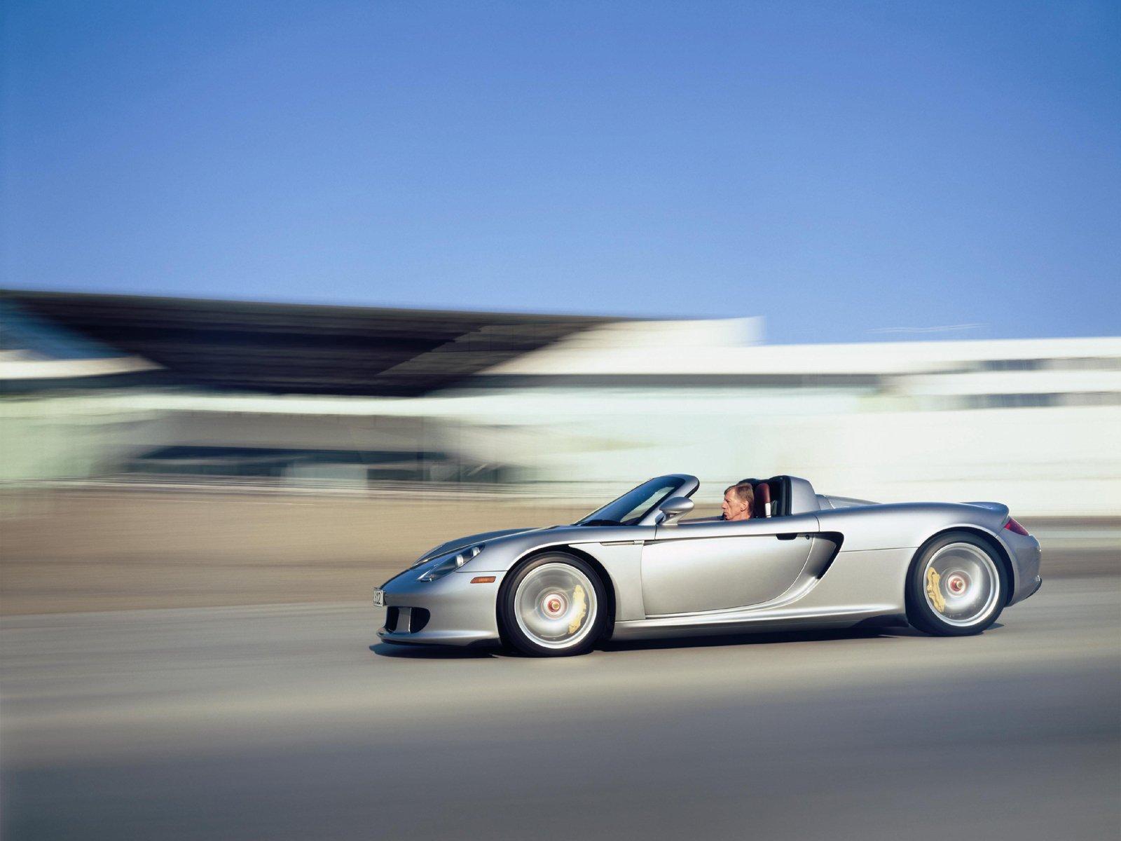 http://3.bp.blogspot.com/-PqzL_sa2i6o/Te0JUvq1gpI/AAAAAAAAAXo/w1IIrE-7cz0/s1600/Porsche%252BCarrera%252BGT%252BWallpapers-6.jpg