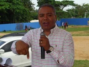 Francisco Fernández anuncia irá tras la reelección