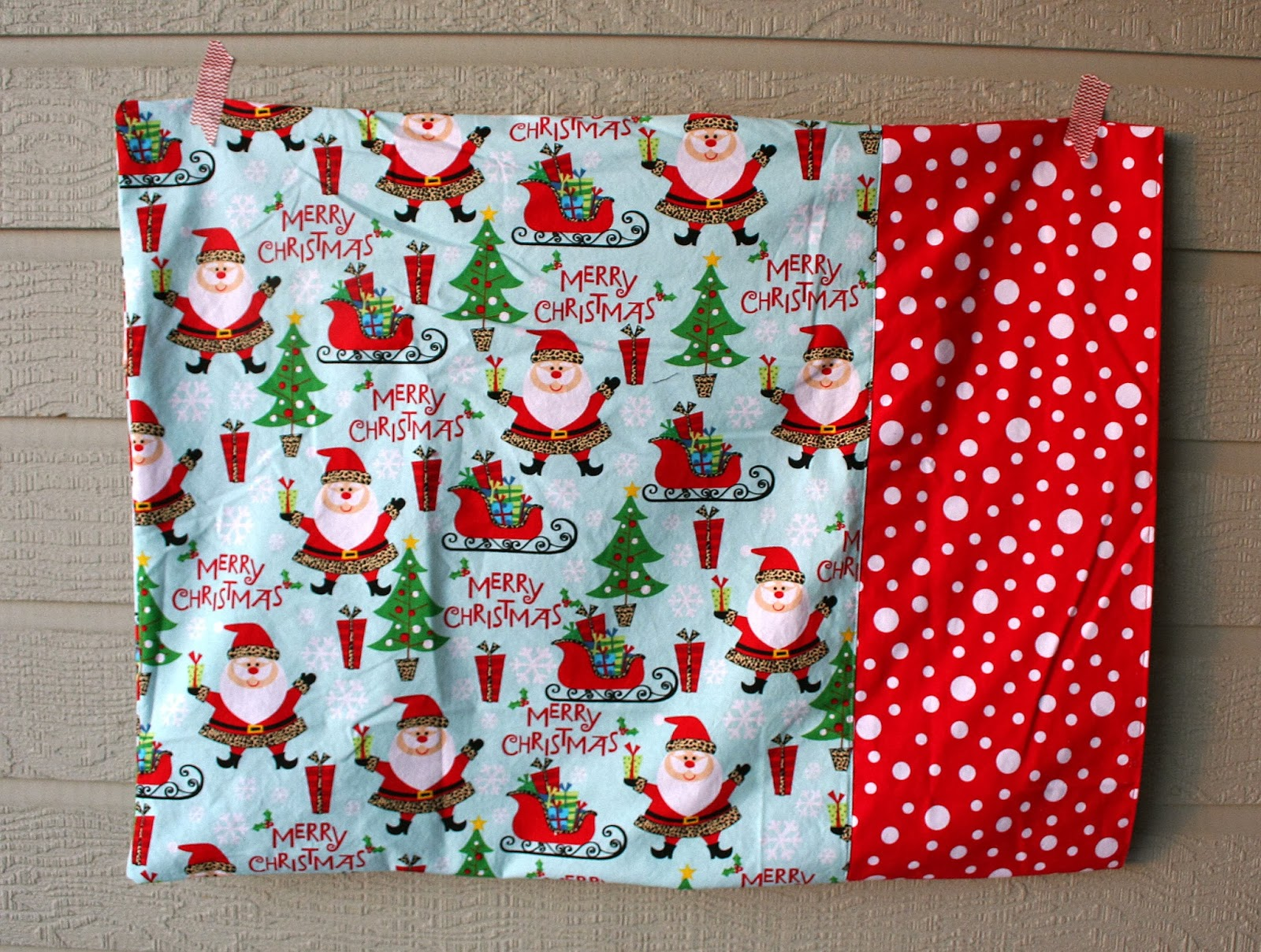 Simplyprice a new tradition christmas pillowcases - Bricolage de noel facile pour adulte ...