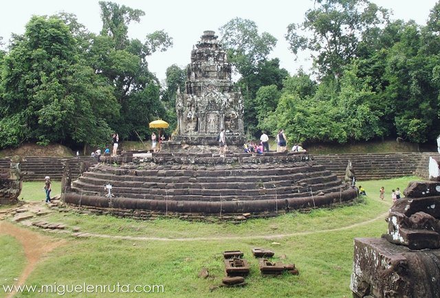 Templo-estanque-Angkor