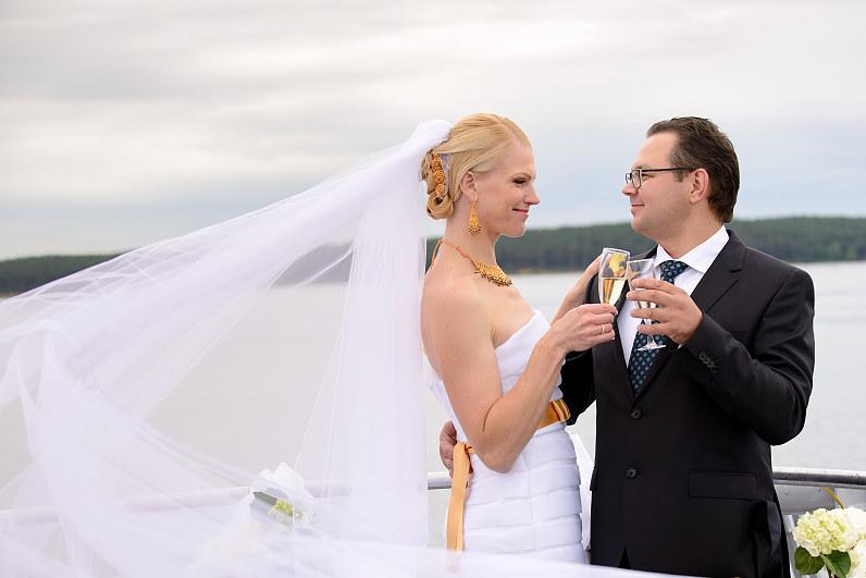 Vestuvių fotosesija laive