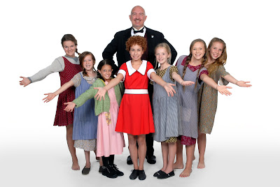 Runaway Stage brings smiles to the stage with Broadway classic Annie