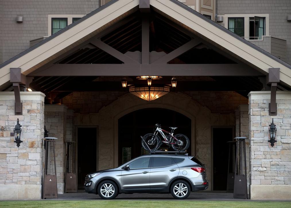 2013 Hyundai Santa Fe Sport bike rack