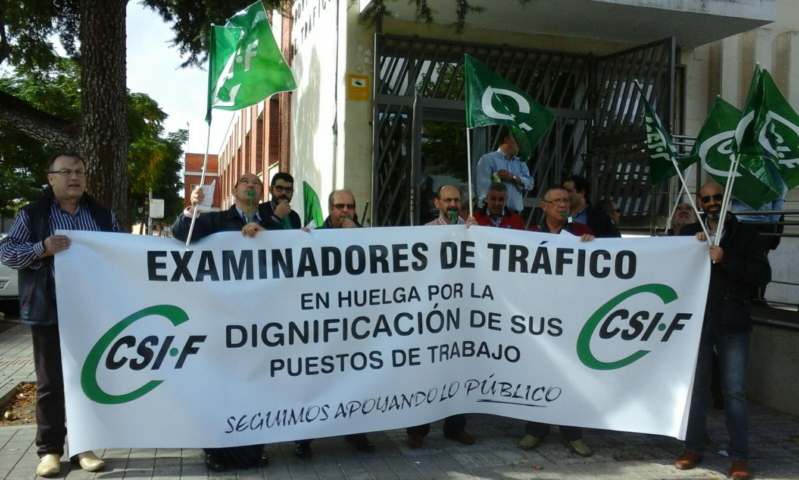 Asociaci n de examinadores de tr fico protestas de for Oficina de trafico en malaga