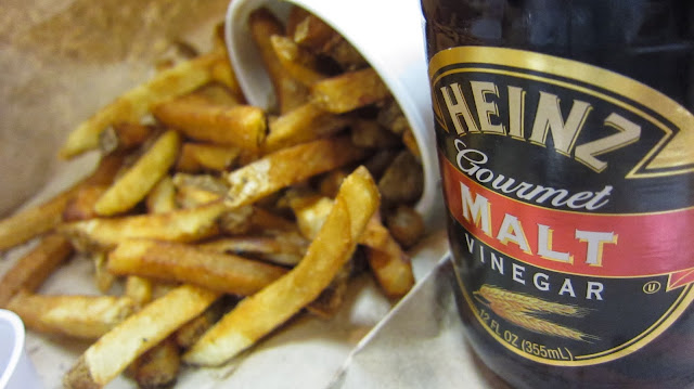 Malt vinegar and french fries