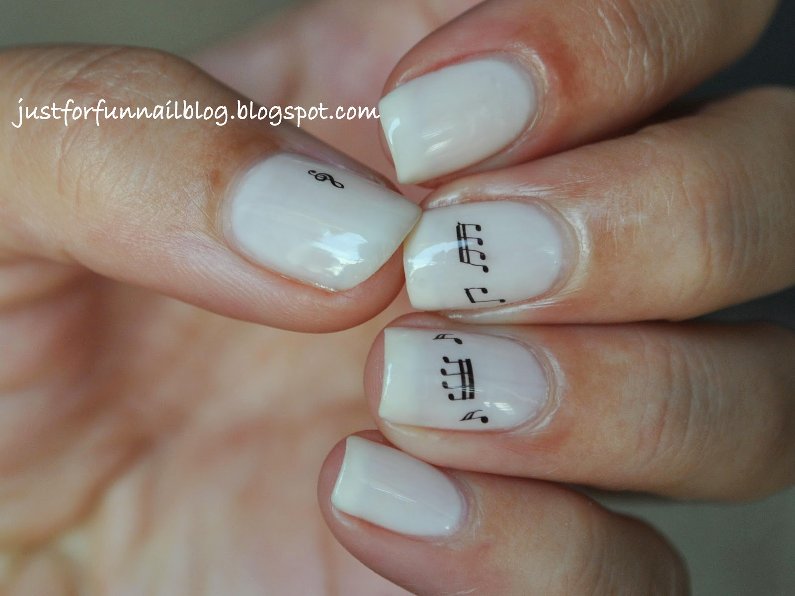 Music Notes with Essie Walts