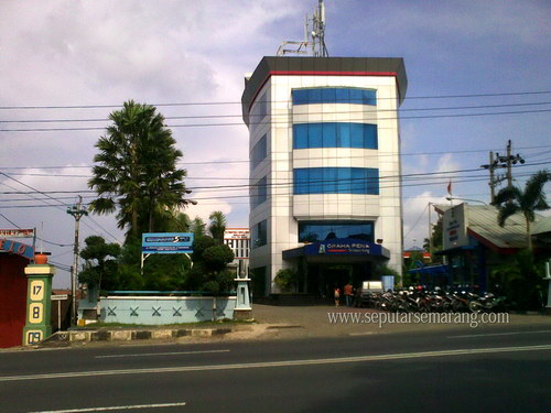 Gedung Graha Pena Semarang
