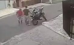 Robber take a motorbike – gun in face
