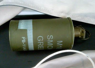Live Smoke Grenade (IAD)
