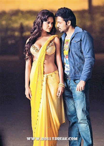 esha gupta Hot Saree Yellow jannat 2 movie - Esha Gupta Hot Saree Jannat 2 